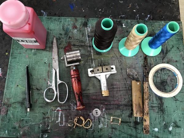 手作り牛革バッグを造る為の道具と材料👜