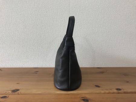 軽い!牛革イタリアンレザー・耳付きセミショルダーバッグ【黒】