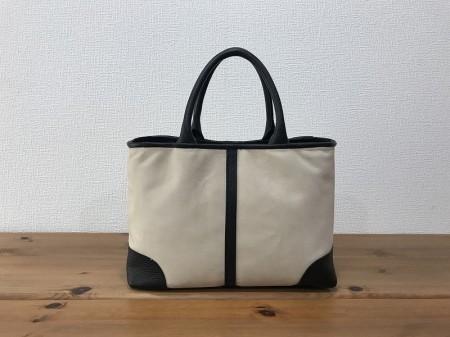 軽い!A4サイズが入るヌバック・シュリンク牛革ハンドバッグ【ベージュ・黒】