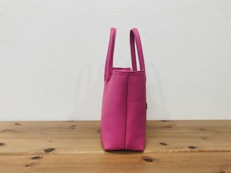 軽い!牛革姫路レザー・中型ハンドバッグ【ピンク】